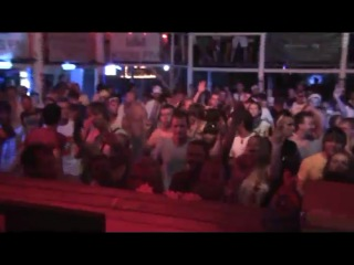 Van_Nosikov_Z18_Play_Techno_KissFM_Stage_KAZANTIP_13_08_2010_part_3